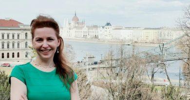 Novák Antónia interjú a barátság világnapja alkalmából
